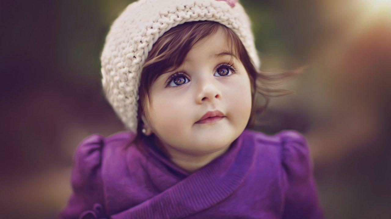 Baby Girl wallpaper – A Beautiful Wallpaper For the Phone