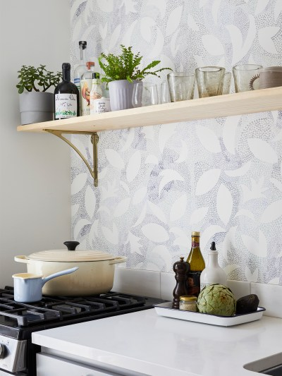 create a tropical feel with tropical kitchen wallpaper