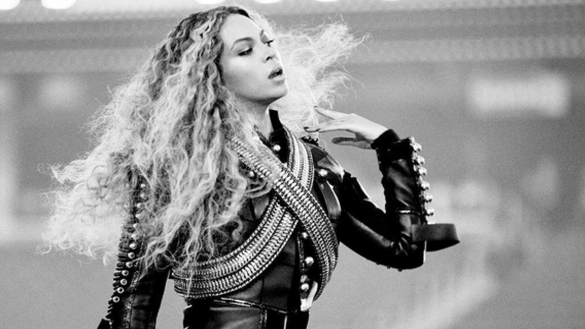 The Beautiful Beyonce Wallpaper Design Ideas