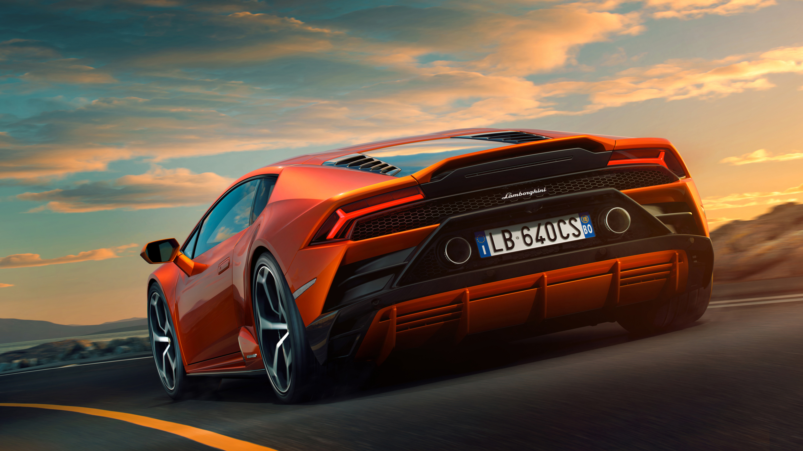Inspiring Wallpaper design on Lamborghini Huracan