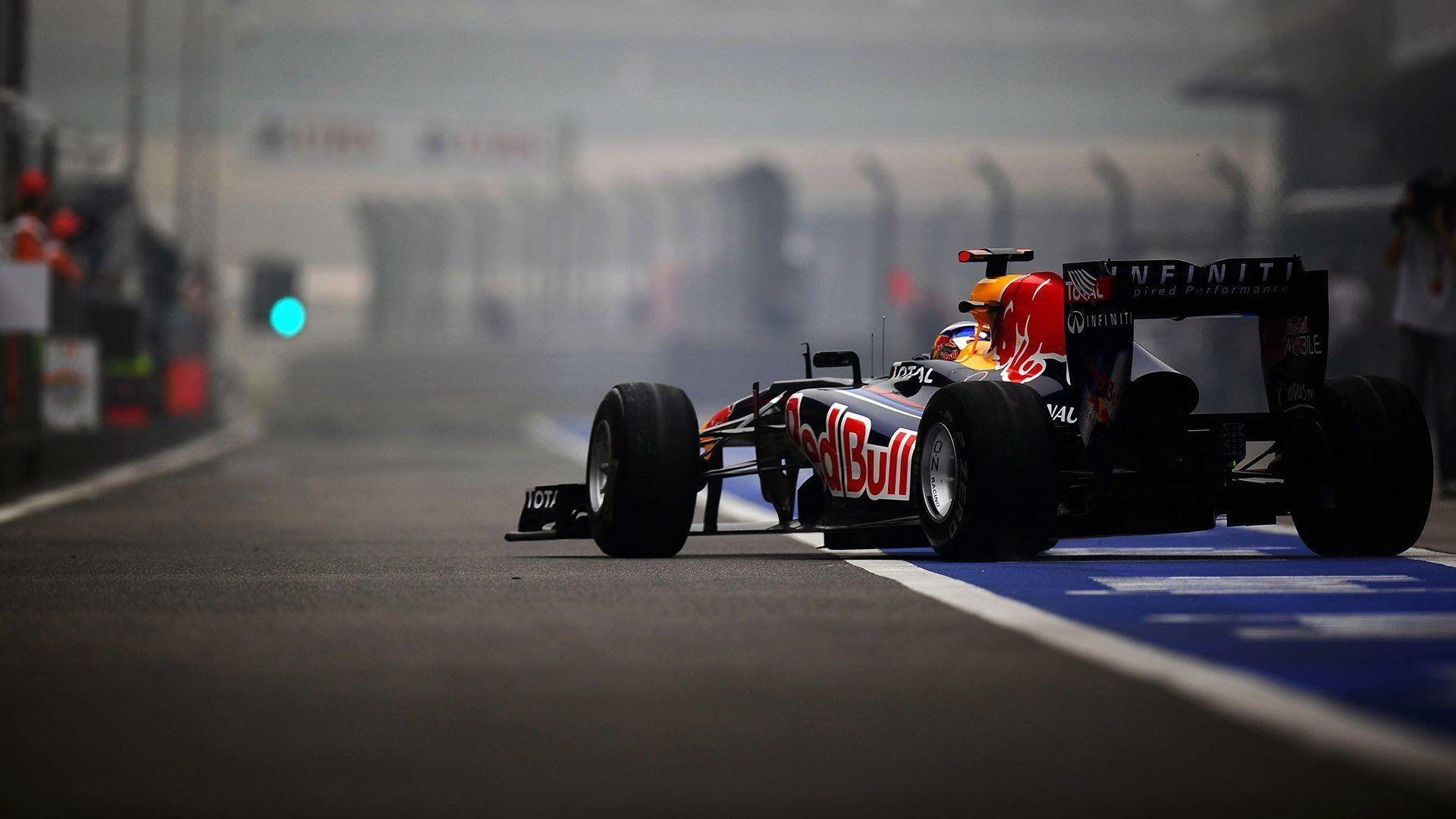 Sports Formula 1 wallpaper Designs