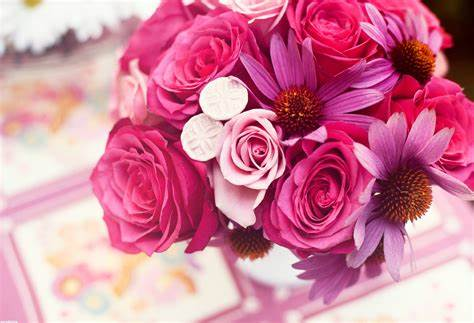 The Sex Appeal of Pink Floral Wallpaper Picture designs