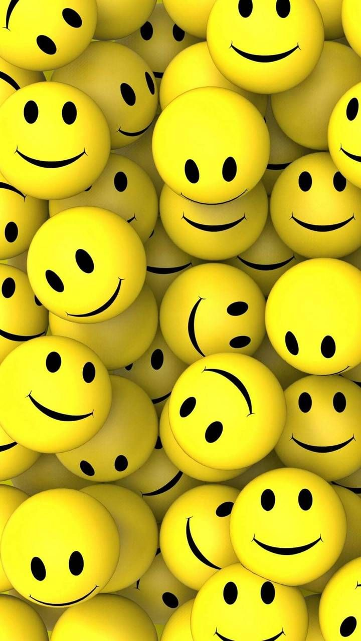 Smile Wallpaper – How to Create a Computer Background Which Makes You Smile