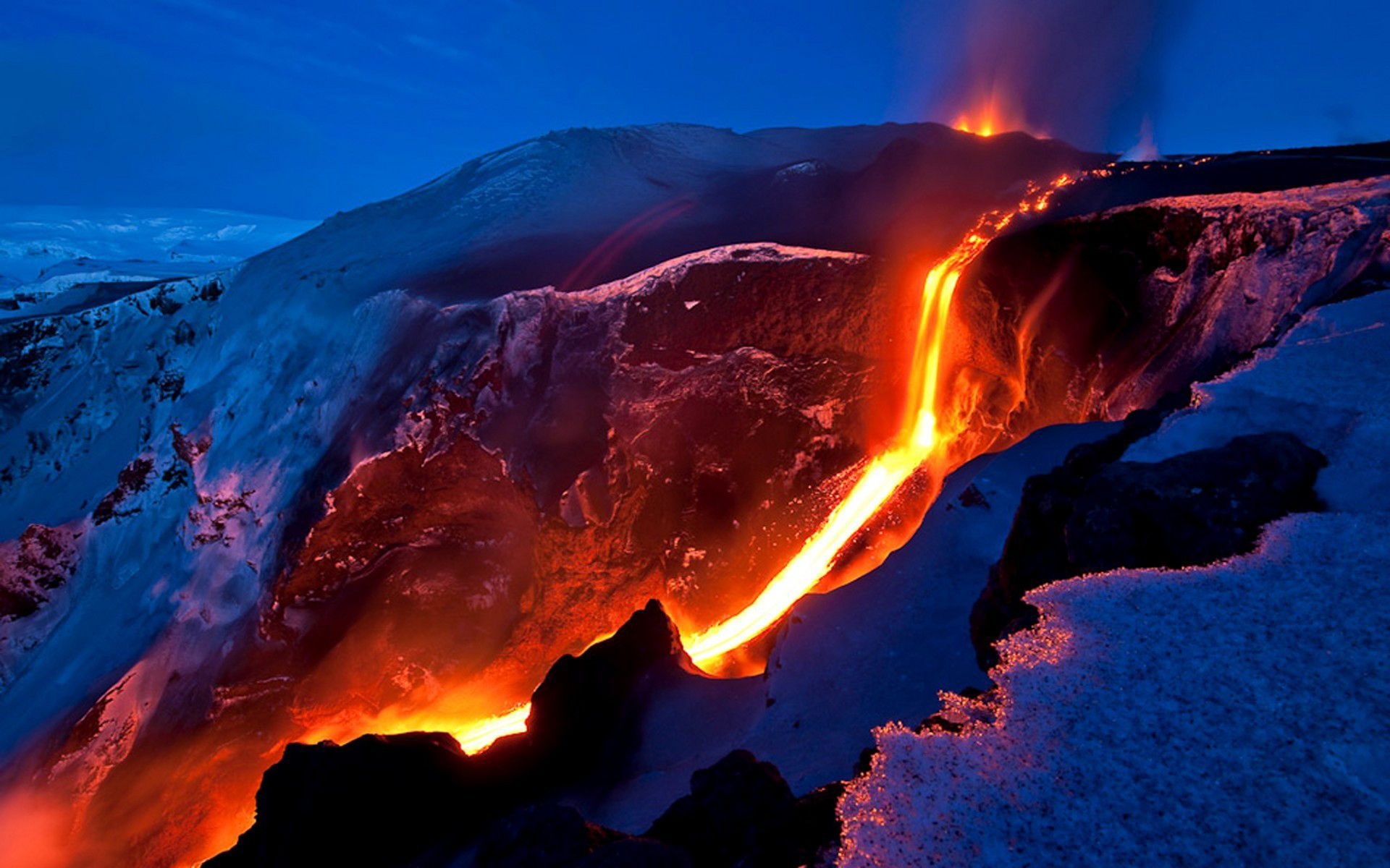 Volcano Wallpaper Picture designing
